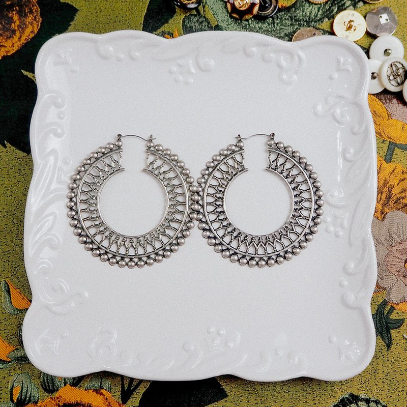 Silver exaggerated large circle carved antique earrings BPA020