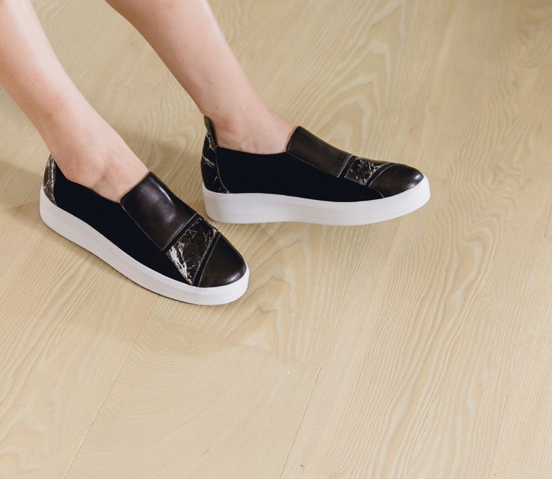 Modeling Color Bandage Thick-soled Leather Casual Shoes Black