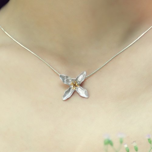 Be Always Blooming Necklace