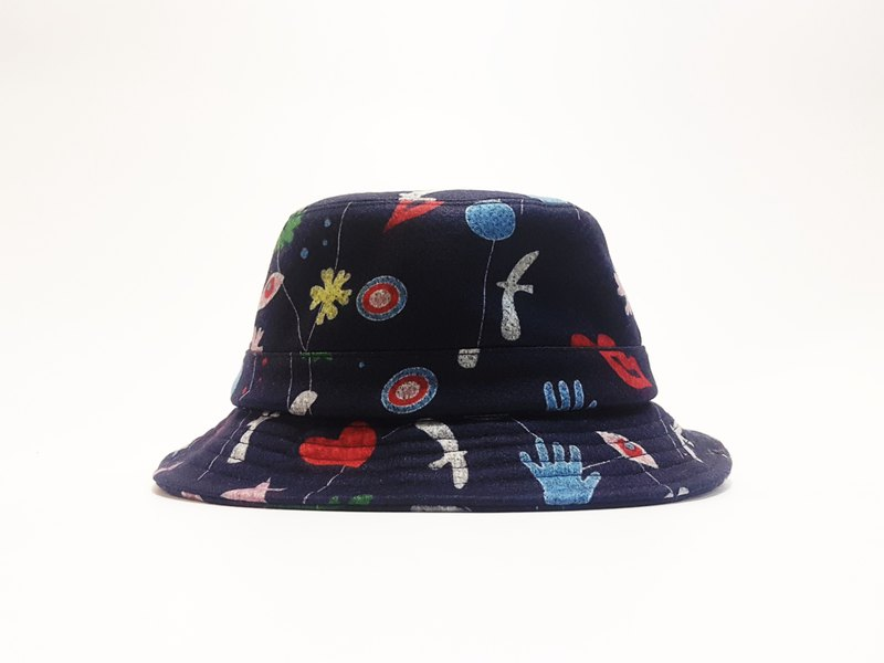 Fun fun hat along the gentleman hat - kiss a sensory pictogram (blue) #彩印#Exclusive #限量#秋冬#礼物