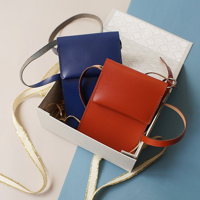 Side backpack crossbody bag can hold mobile phone and card fete