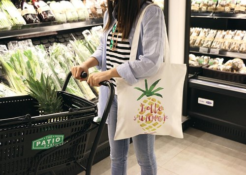Color-Up Hand-painted Collection - Pineapple Canvas Print Tote