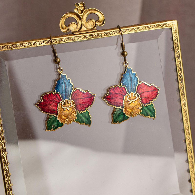 Antique cloisonne ear needles with special four-color orchids for export from the United States to Taiwan in the 1970s and 1980s