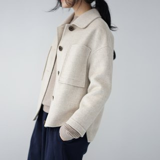 ee18/ Oatmeal color Wool Coat (short)