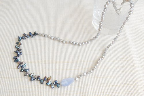 Tumble stone and Keshi Pearl necklace Blue lace agate