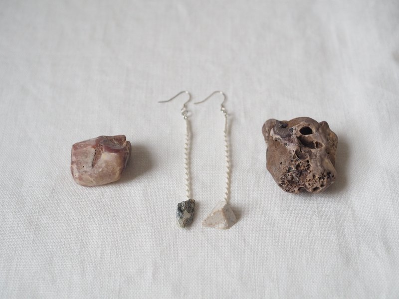 [ Soft stone × knot rope braided earrings series] stone