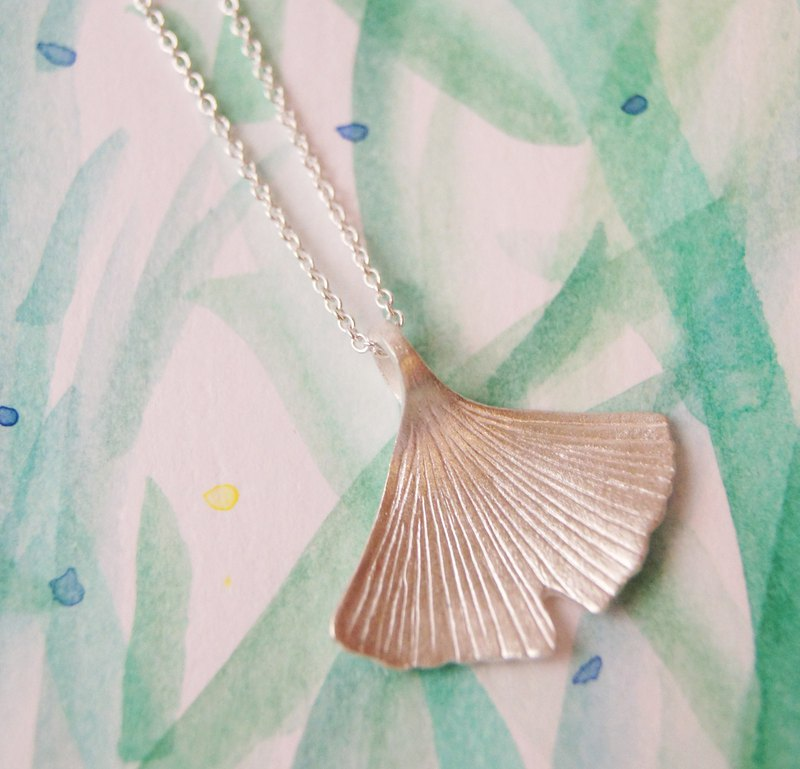 Ginkgo silver necklace