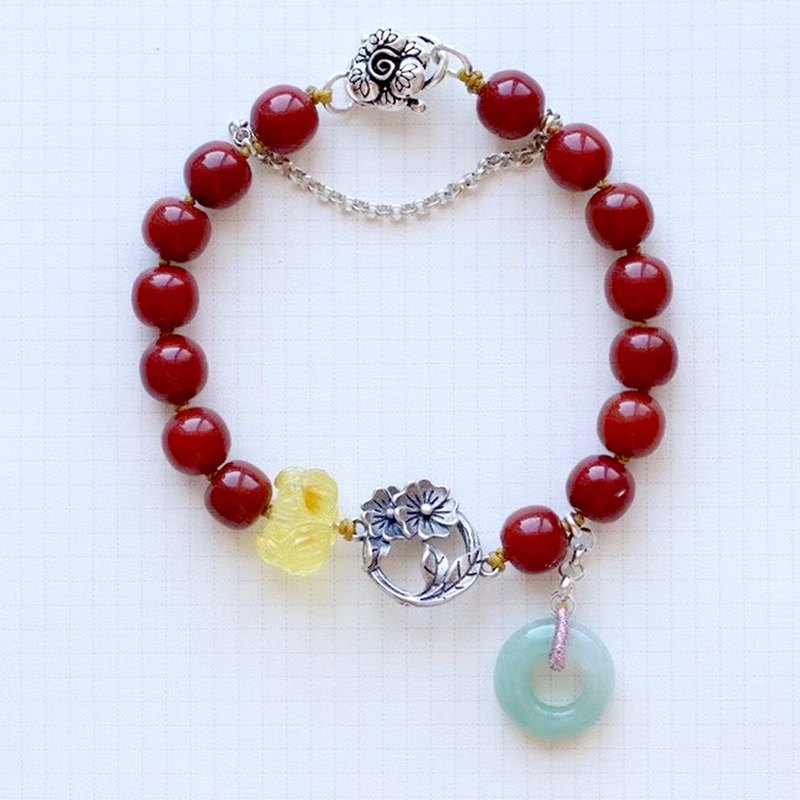[New store welfare price] original natural full meat South red bracelet / with natural beeswax lotus / jade circle