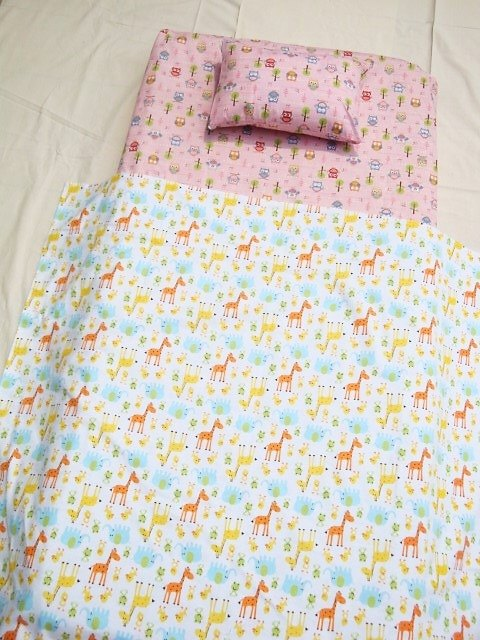 Cot / Crib Fitted Sheet - Pink Owls In The Woods