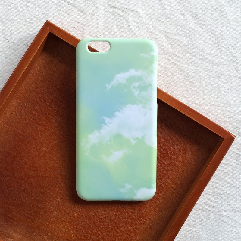 Cloud mobile phone shell hard shell iPhone Android
