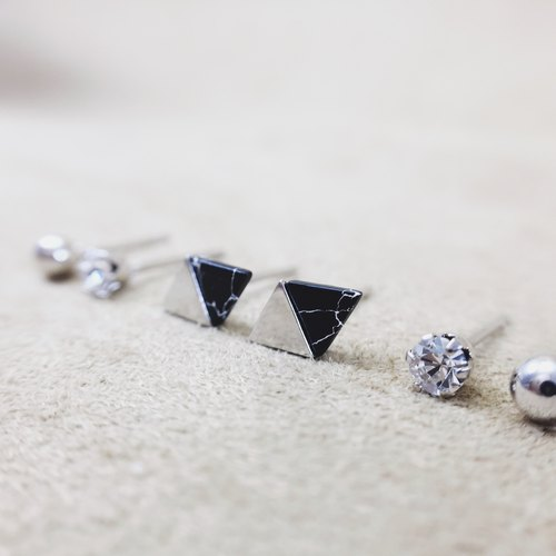 Black Volcano Alaska - Diamond Ear Earrings (Six pieces included)
