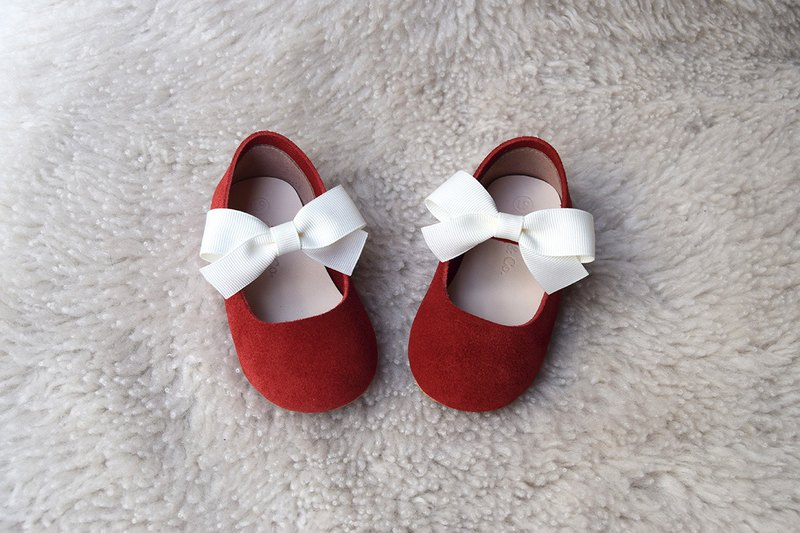 60e70ec7c033 Red female baby toddler shoes girl gift baby shoes age gift baby gift moon  gift box - Designer Cria