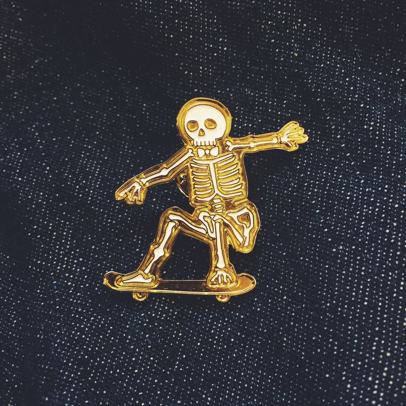 #19 Skull Skateboarder Pin/Brooch