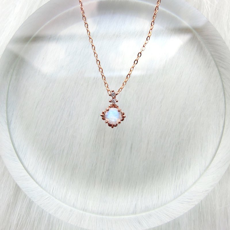 Diamond face moonstone 925 sterling silver plated rose gold simple style necklace