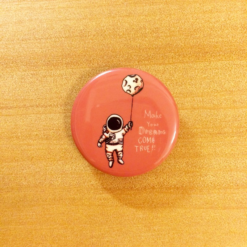 Darwa - Dreaming Spaceman - Graphic Badge