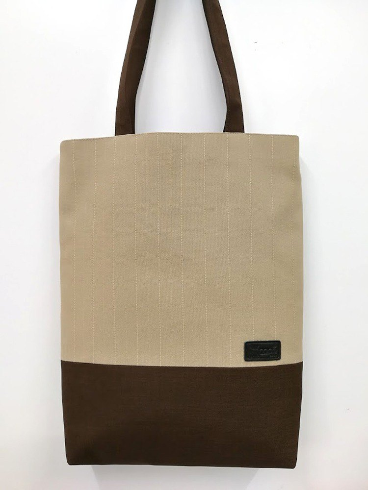 Original exquisite shoulder bag / Tote bag / A4 can be placed / apricot straight strip weave AL08-007 (the only product)