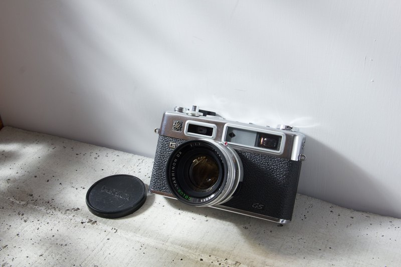 RF antique camera Yashica Electro35 GS 45mm F1.7