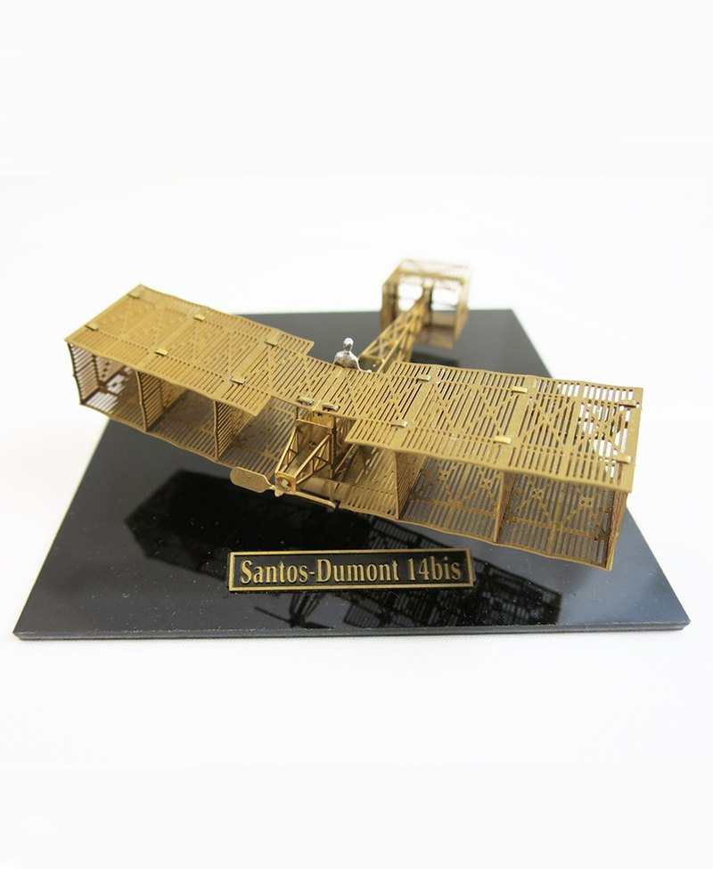 Japan Aerobase metal etching model aircraft Santos Dumont 14bit brass version (1/160)