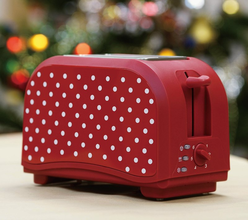 2 Slice 800W Stainless Steel Bread Oven Toaster - Red Polka Dots