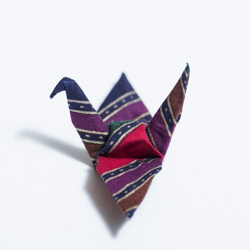 \ Heli lone / origami purple gold pin _