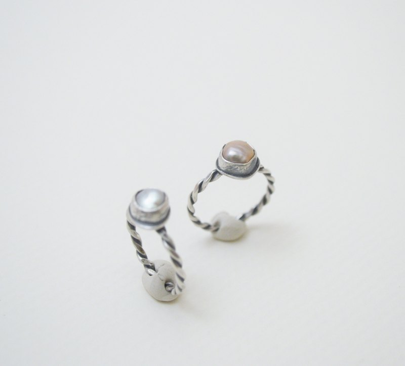 Simple small stone-Baroque Pearl‧thin twist silver open ring -1