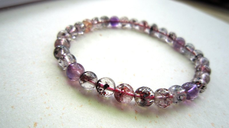 "onion-bulb Handmade natural stone series - ""Color powder round"" 5.8mm-Three round of the backbone crystal (single ring bracelet)"