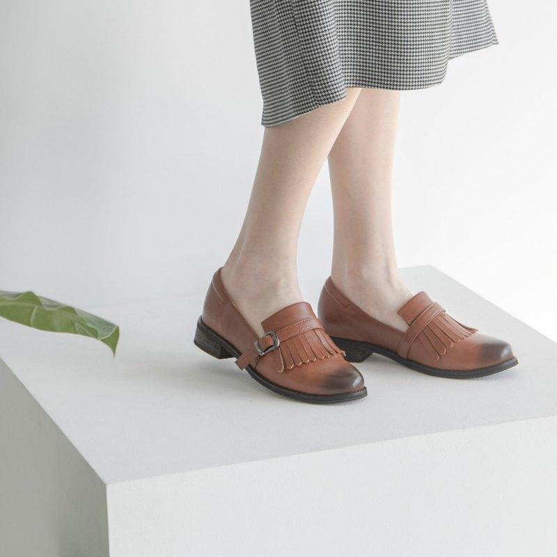 流蘇樂福鞋 _ 棕色