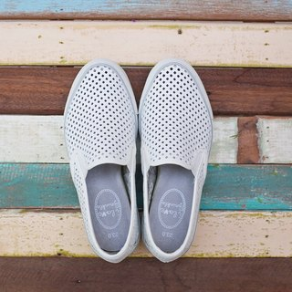 Wynne White Diamond Breathable Slip-On Casual Shoes (Adult)