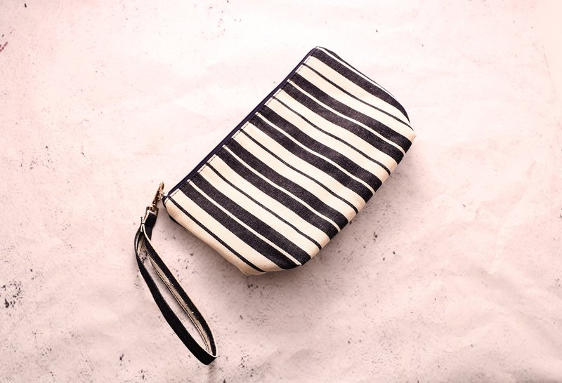 Striped denim cosmetic bag tannin carry bag