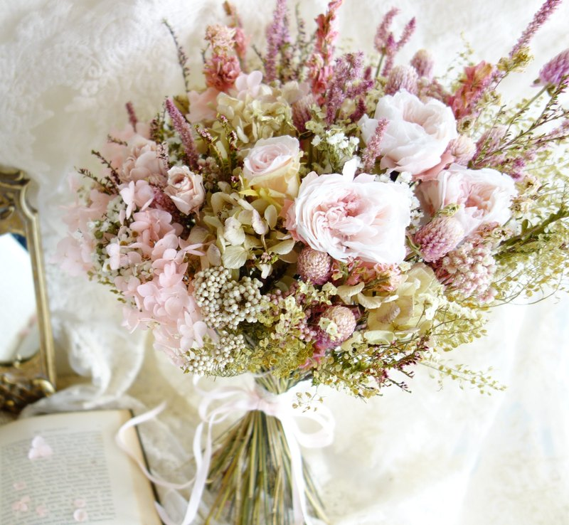 Wedding Floral Series ~ No Withered Rose Bouquet (Powder)