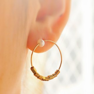 Pearl Brass Earrings 1038 (Waiting)