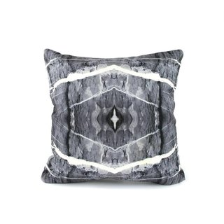 HARD RAYS GREY PILLOW COVER