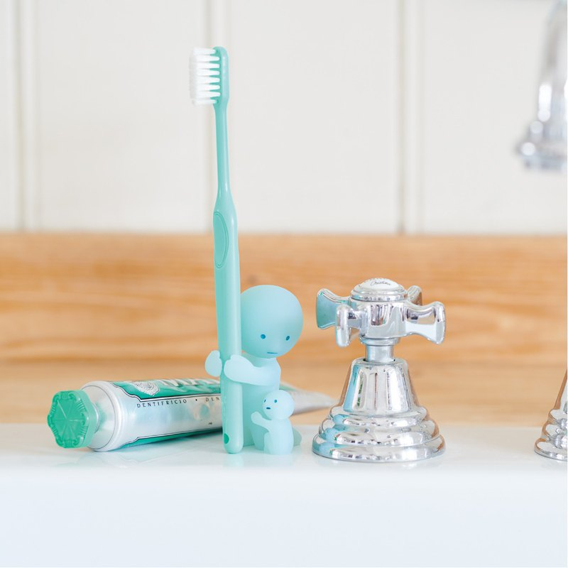 Smiski│ incredible luminous genie healing toothbrush holder (strong for mother)