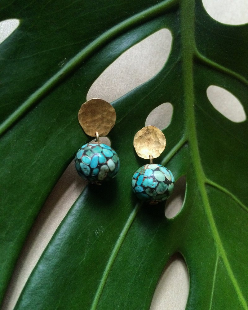Hand cut brass with Nepal turquoise beads stud II Pocahontas
