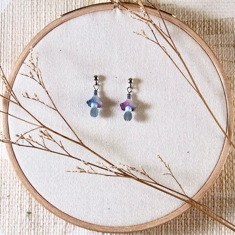 Kyoto Collection - Stone Lantern Earrings / Ear Clips