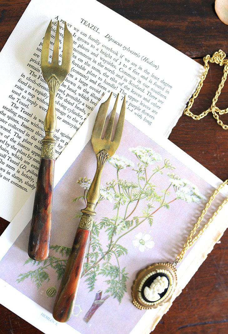 / Late 19th Century French Cutlery / Squat Dali Grain Fork