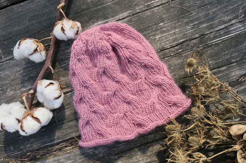 A mother's hand made hat - twist small roll handmade hat / retro pink / New Year / Christmas / gift