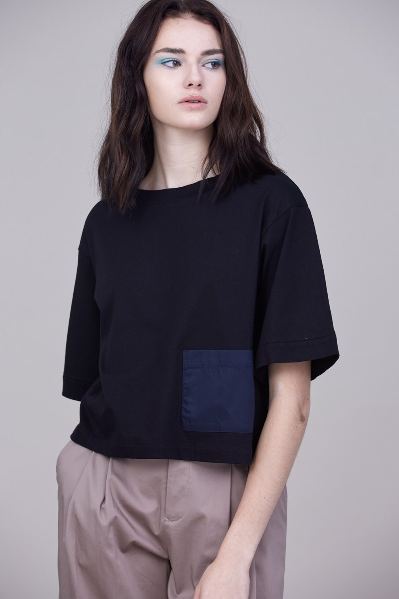 Shan Yong Black Boat Neck Shoulder Short T-Shirt