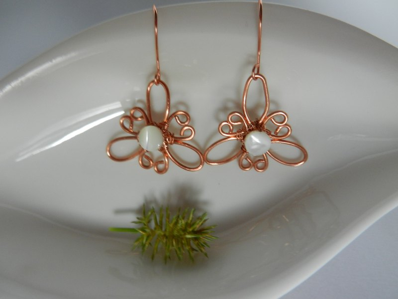 Earrings / Ear clips—Copper wire and bead 邂逅 series—A6 (changeable clip type)