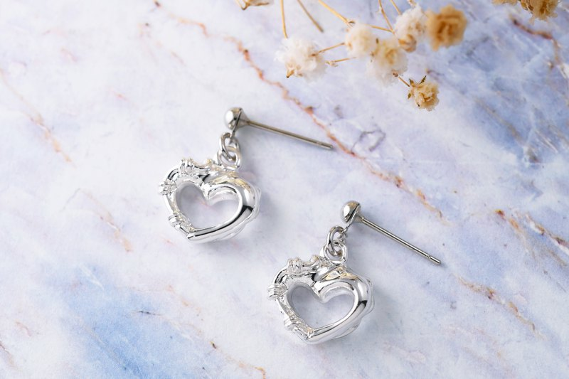 Heart lock series overcomes sad shape needle earrings (ERIJA0900E)