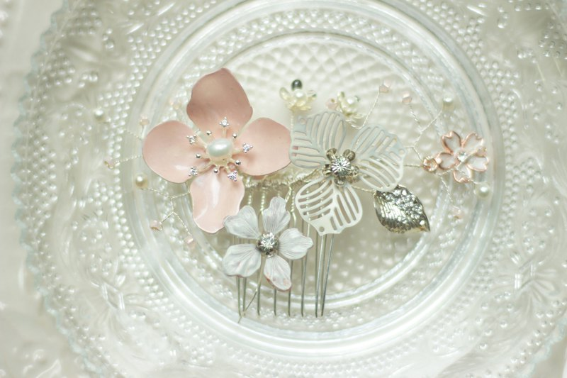 <Cheerful Handmade>Hand painted patina flower hair comb (L) -White & Pink