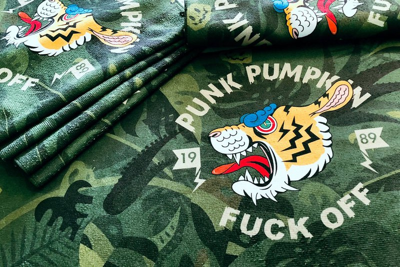 BLR Sports Towel PunkPumpkin Tiger Camouflage MC01