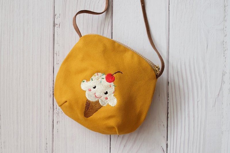 Vanilla ice cream embroidery pattern cross-body bag