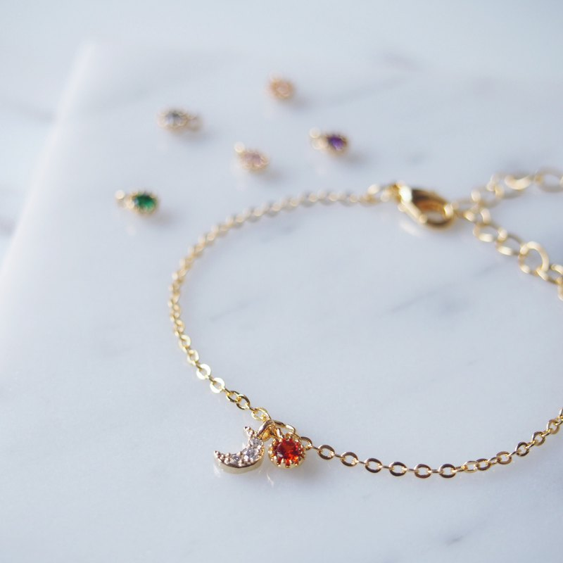 Mini zircon small moon, small round stone, gold-plated brass bracelet
