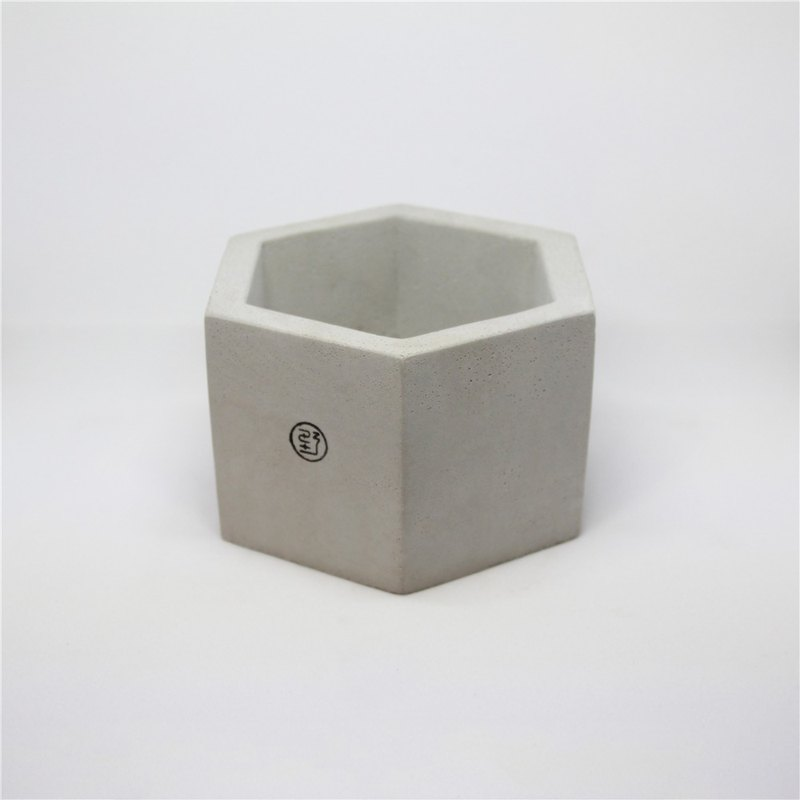 Extra large six sides / cement basin