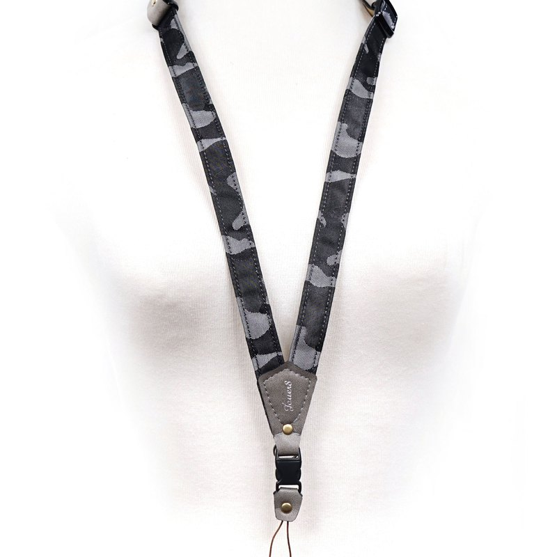 [Solitary Product] Mobile Phone Strap Neck Hanging-Camouflage Strata