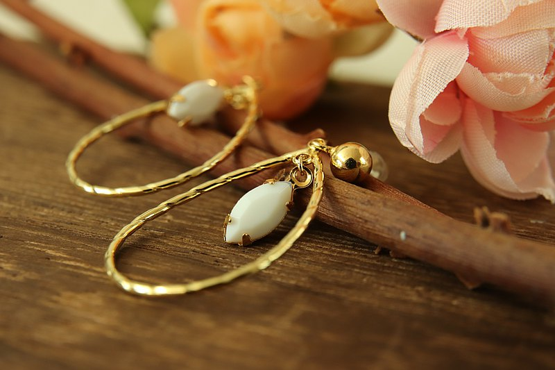 White crystal drop drop earrings Japanese metal accessories gold plated sterling silver ear pin ear clip OK