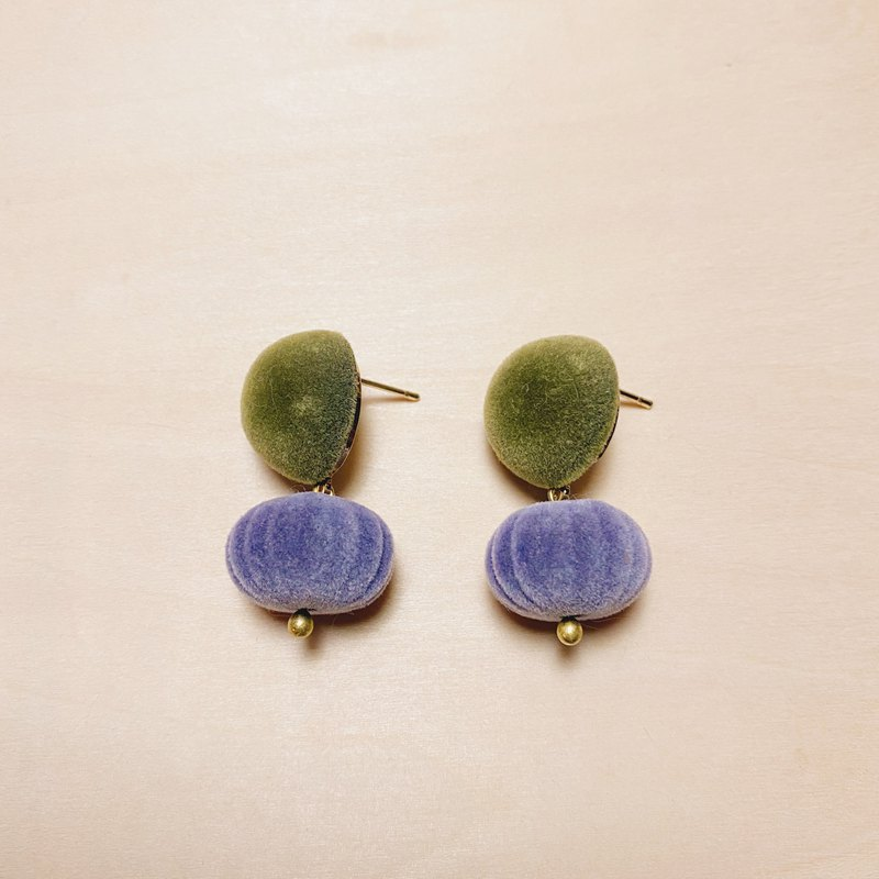 Retro Fluff Contrast Green Purple Pumpkin Large Earrings