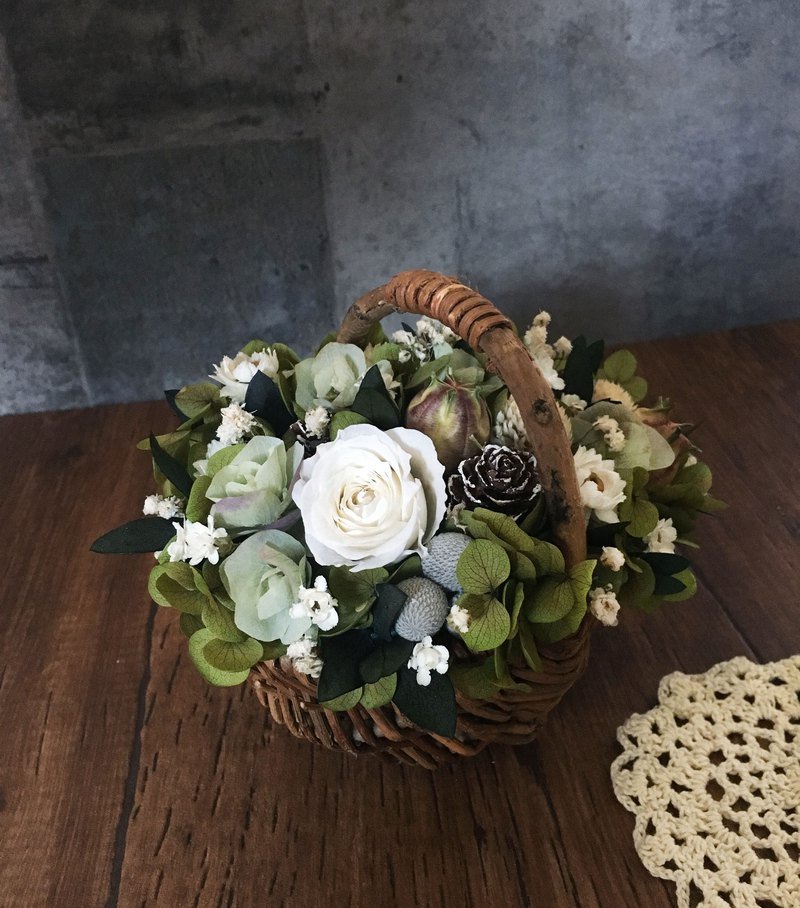 A Midsummer Night's Dream | Dry flowers home layout