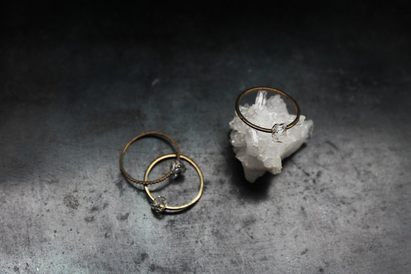 Che | Herkimer Diamond Hagemon naked tail ring